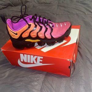 Women's Nike Air Vapormax - size 9.5